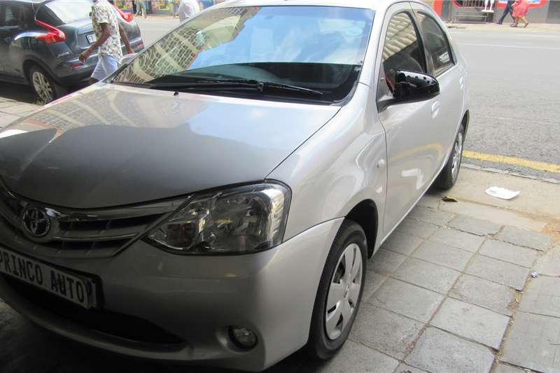 Toyota Etios sedan 1.5 Xi 2013