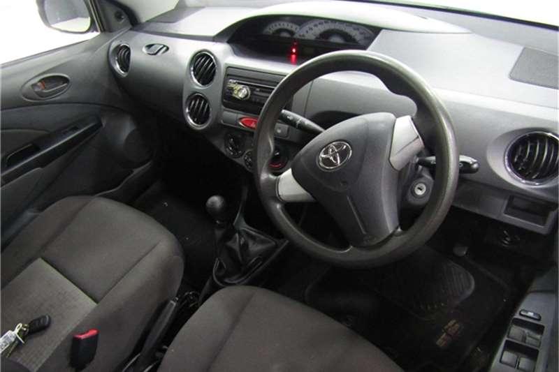 Toyota Etios sedan 1.5 Xs 2012