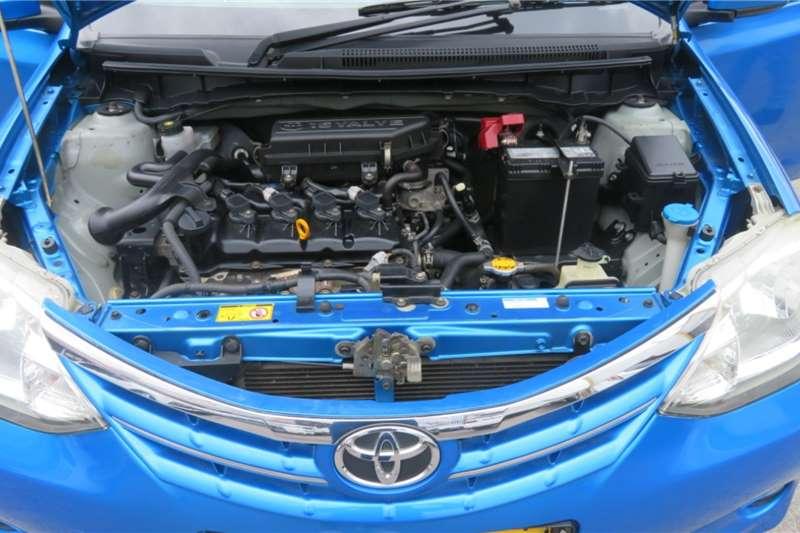 Toyota Etios sedan 1.5 Xs 2013