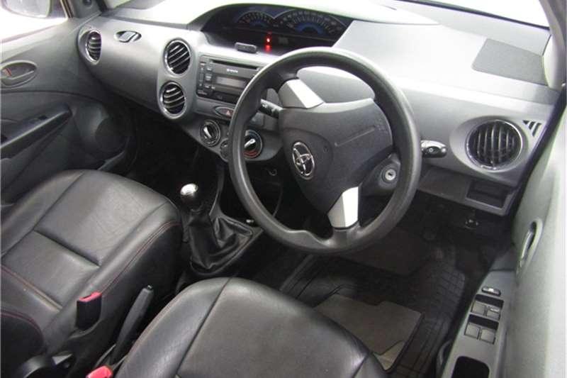 2013 Toyota Etios Etios sedan 1.5 Xs