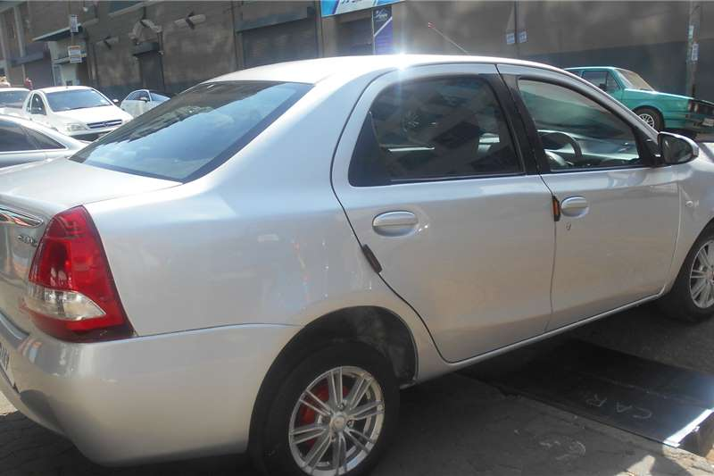 2015 Toyota Etios Etios sedan 1.5 Xs