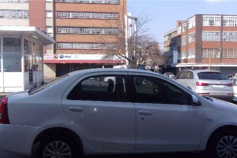 Toyota Etios Sedan ETIOS 1.5 Xi 2015