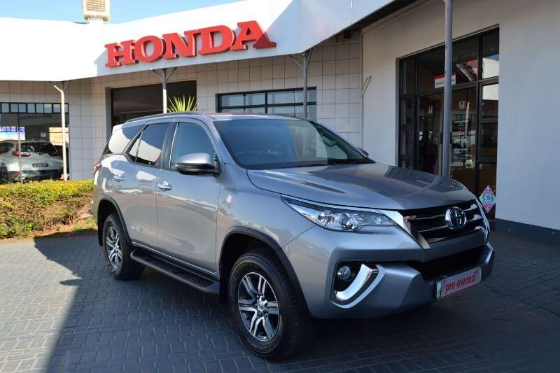 Toyota Fortuner 2.4 GD 6 4x2 A/T 2018