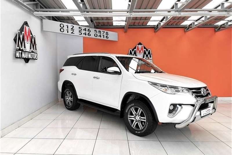 Toyota Fortuner 2.4GD 6 4X4 A/T 2017