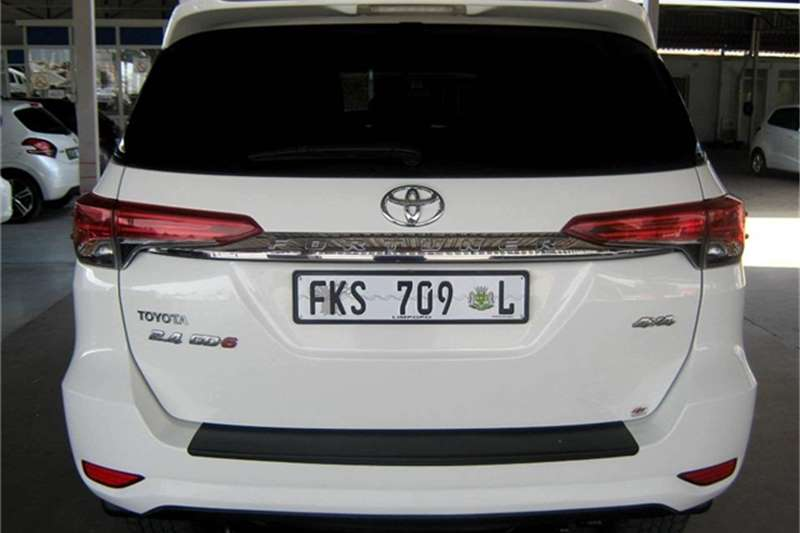 Toyota Fortuner 2.4GD-6 4X4 A/T 2018