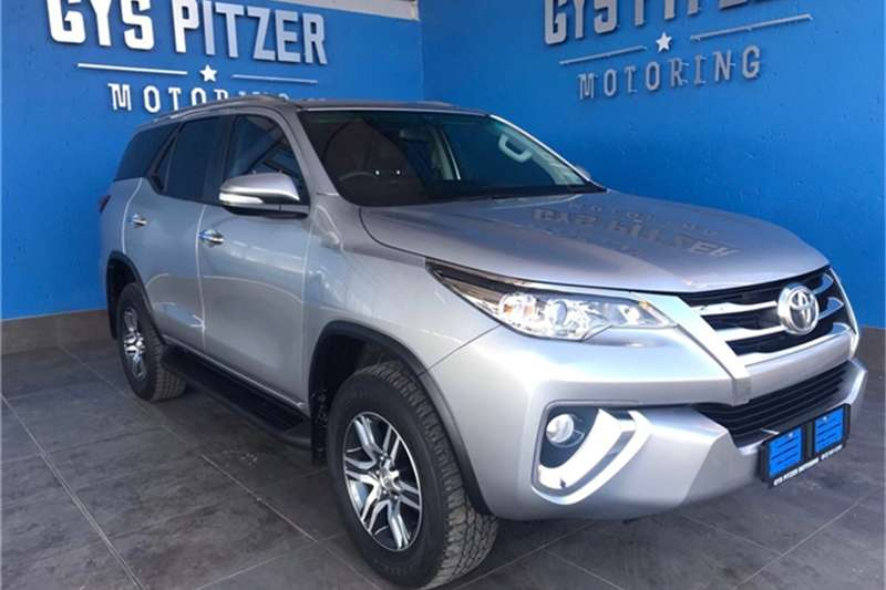 Toyota Fortuner 2.4GD-6 auto 2016