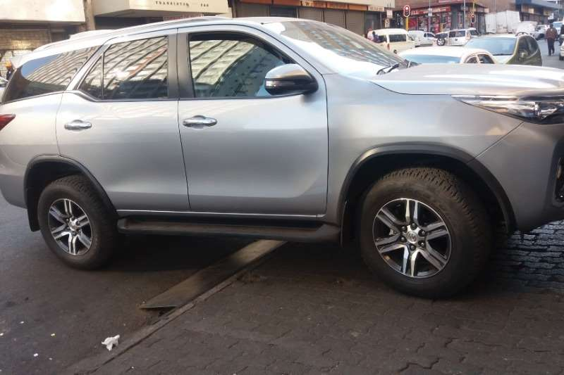 Toyota Fortuner 2.4GD 6 R/B 2018