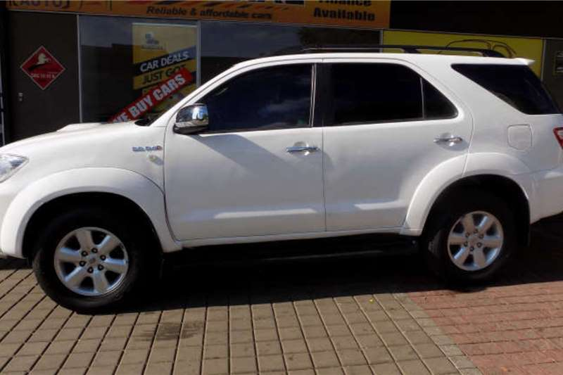 Used 2010 Toyota Fortuner 2.5D 4D