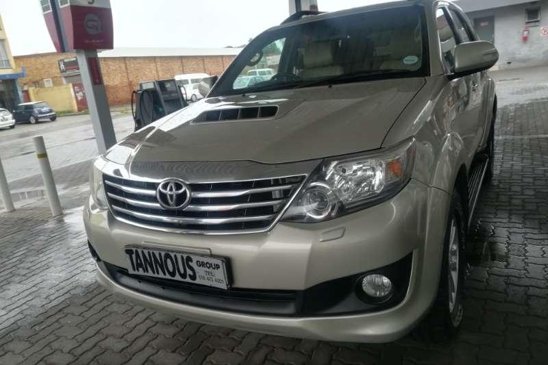 Toyota Fortuner 2.5D 4D 2012