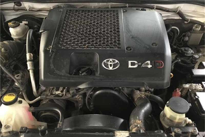 Toyota Fortuner 2.5D-4D 2012