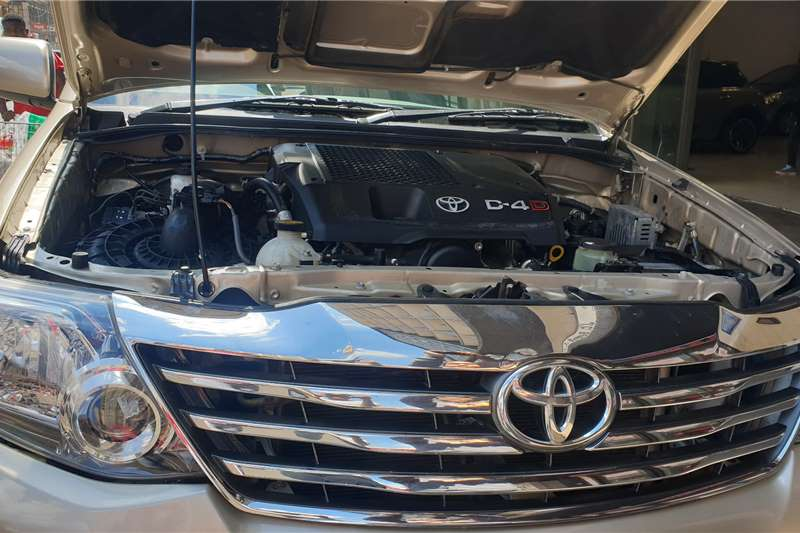 Toyota Fortuner 2.5D-4D auto 2014