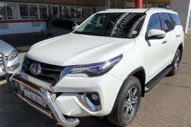 Toyota Fortuner 2.8GD 6 4x4 auto Clean! 2016