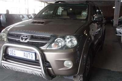 Toyota Fortuner 3.0D 4D 2011
