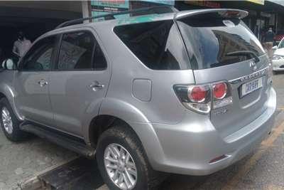 Toyota Fortuner 3.0D 4D 2015