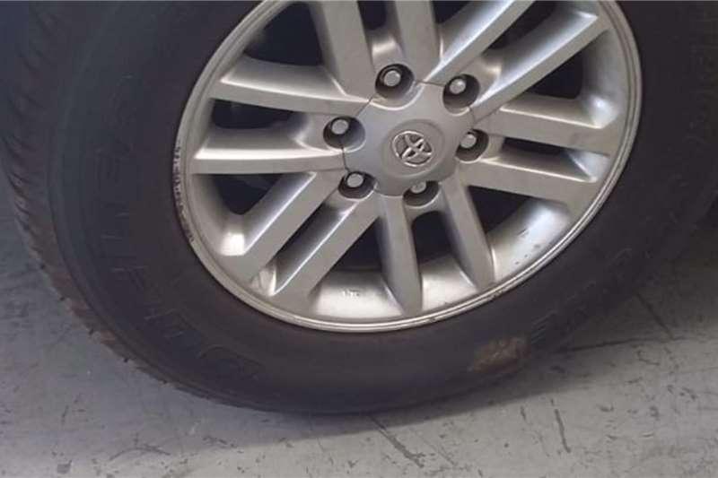 Toyota Fortuner 3.0D 4D 4x2 2012