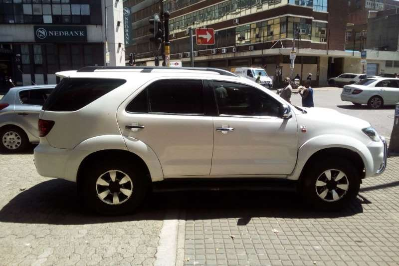 Toyota Fortuner 3.0D 4D 4x4 2007