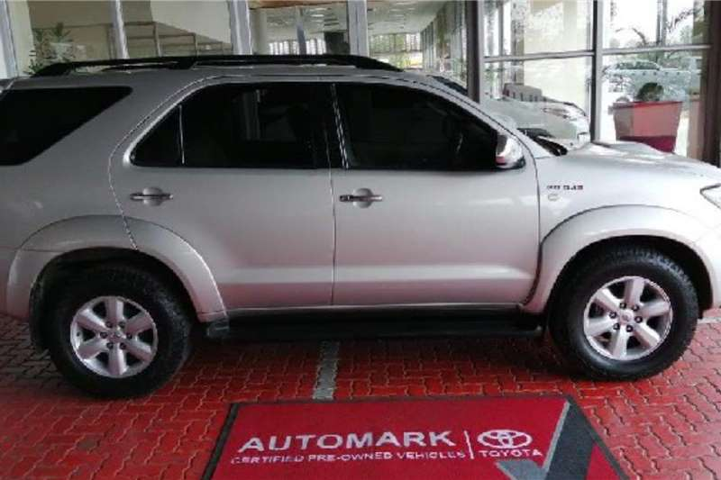 Toyota Fortuner 3.0D 4D 4x4 auto 2010