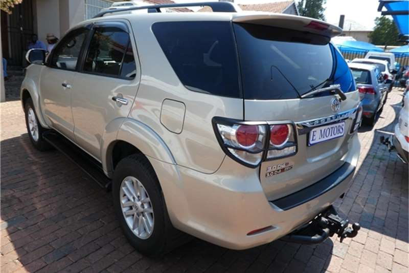 Toyota Fortuner 3.0D-4D 4x4 auto 2012