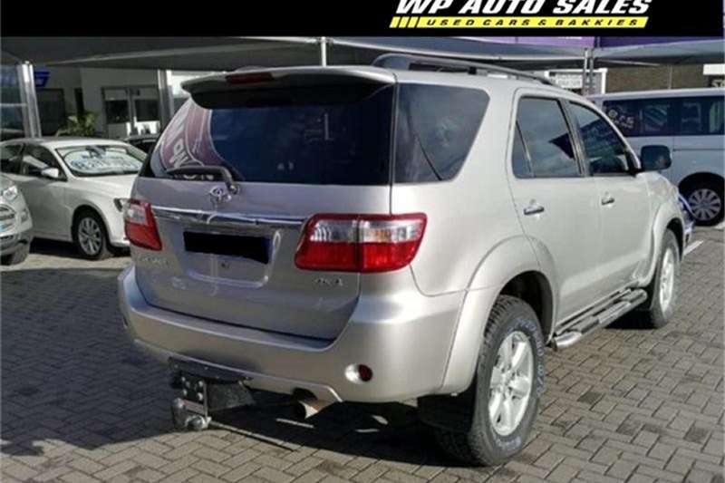 Toyota Fortuner 3.0D-4D 4x4 automatic 2011