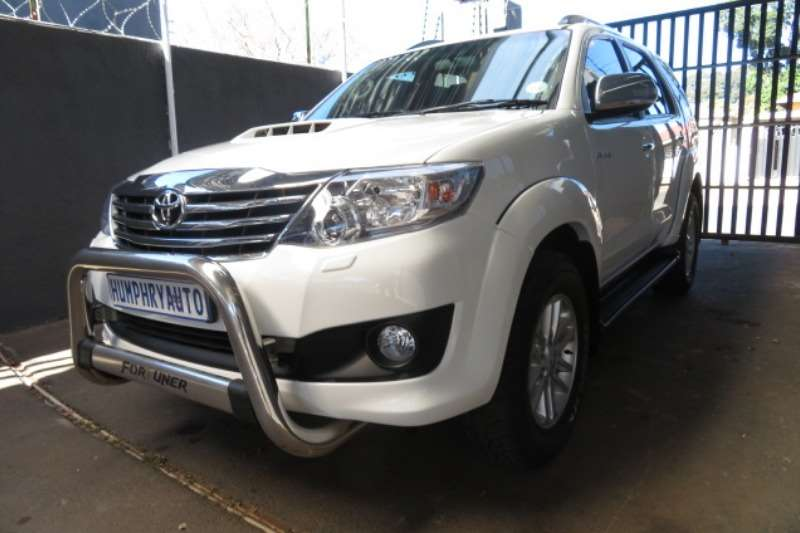 Toyota Fortuner 3.0D-4D 4x4 automatic 2014
