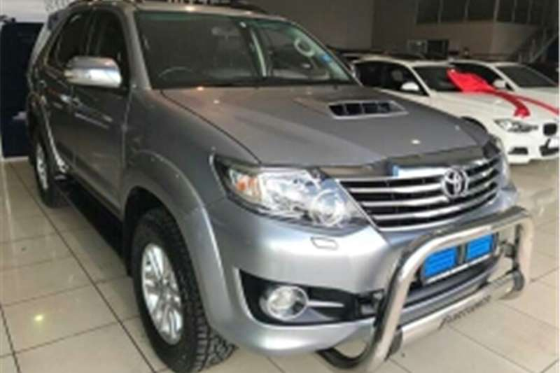 Toyota Fortuner 3.0D-4D 4x4 automatic 2015