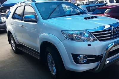 Toyota Fortuner 3.0D 4D 4x4 automatic 2015