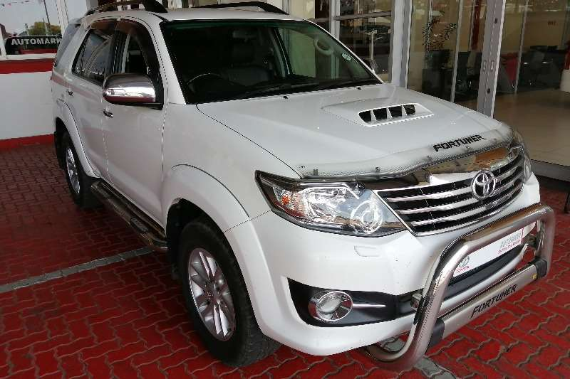 Toyota Fortuner 3.0D 4D 4x4 automatic DV55 2015