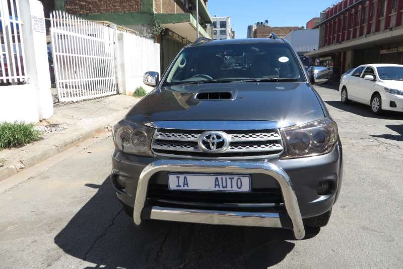 Toyota Fortuner 3.0D 4D 4x4 Heritage Edition 2010