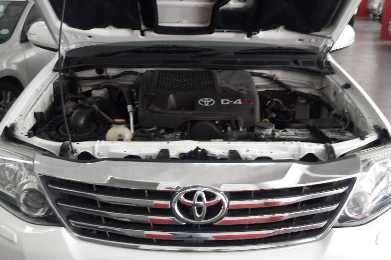 Toyota Fortuner 3.0D 4D 4x4 Heritage Edition 2011