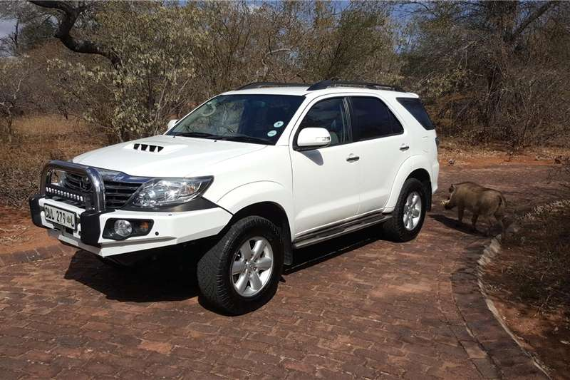 Toyota Fortuner 3.0D 4D 4x4 Heritage Edition 2012