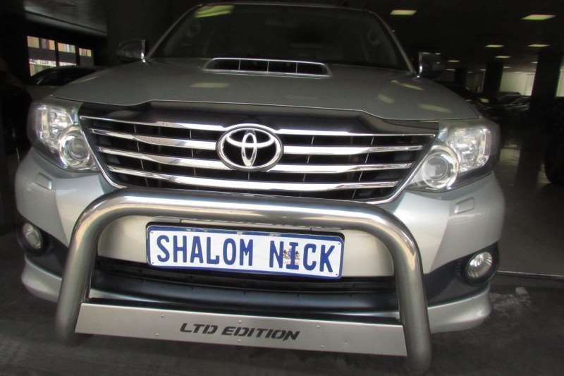 Toyota Fortuner 3.0D 4D 4x4 Limited 2014