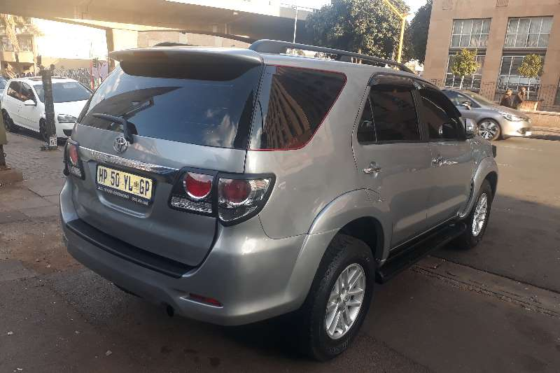 Toyota Fortuner 3.0D 4D 4x4 Limited 2015