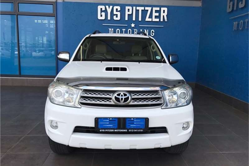 Toyota Fortuner 3.0D-4D automatic 2010