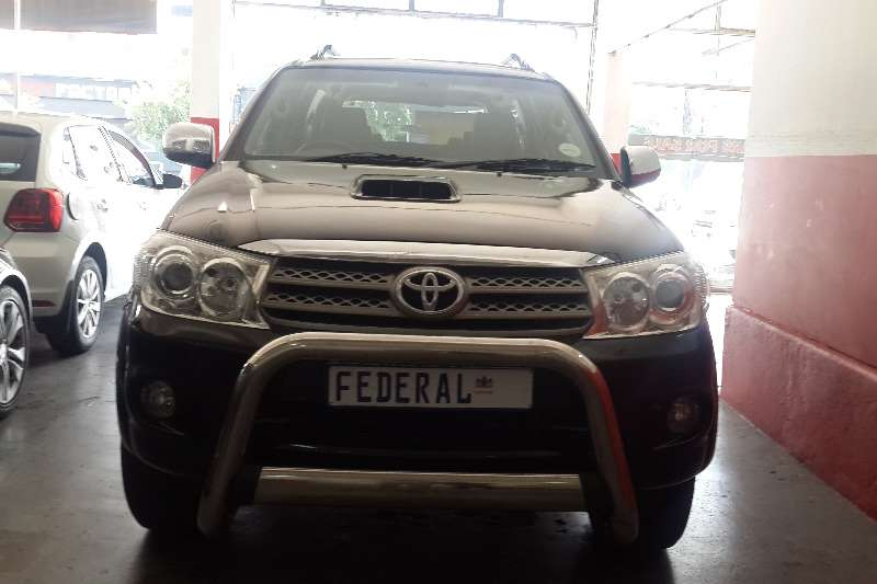 Toyota Fortuner 3.0D 4D Heritage Edition 2010