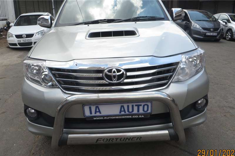 Toyota Fortuner 3.0D 4D Limited 2014