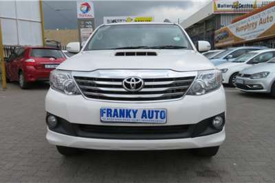 Toyota Fortuner 3.0D 4D Limited auto 2014