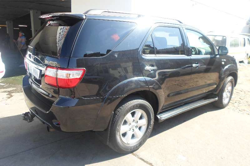 2010 Toyota Fortuner 3.0D 4D 4x4 automatic