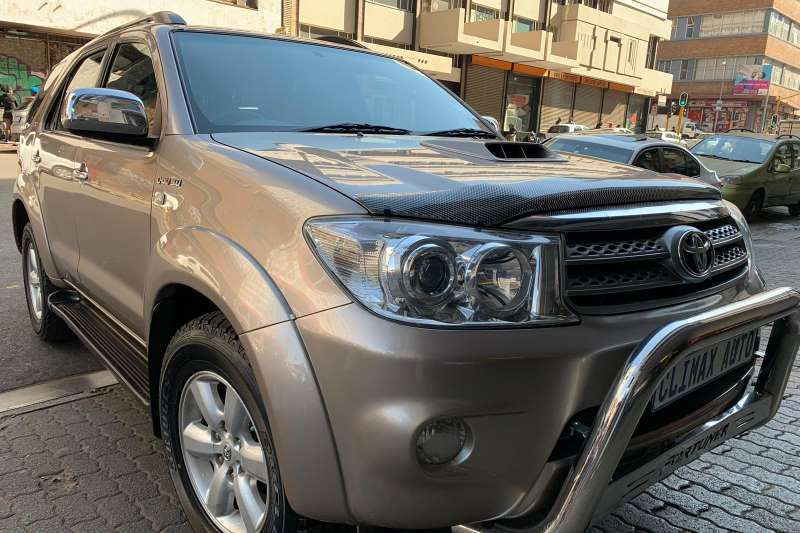 2011 Toyota Fortuner 3.0D 4D 4x4 Heritage Edition