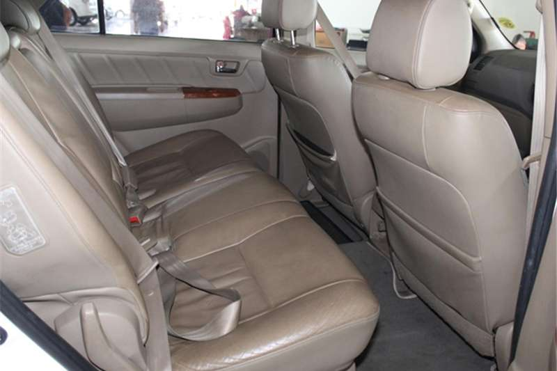 2010 Toyota Fortuner 3.0D 4D automatic