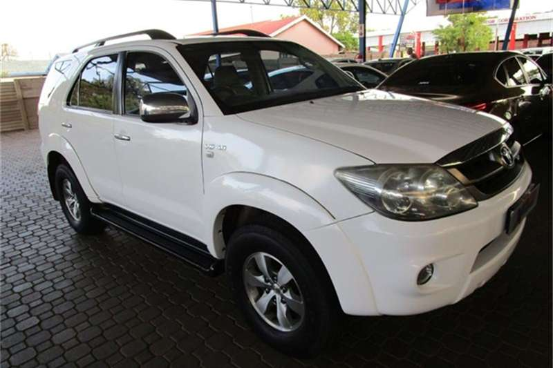 2006 Toyota Fortuner V6 4.0 4x4 automatic