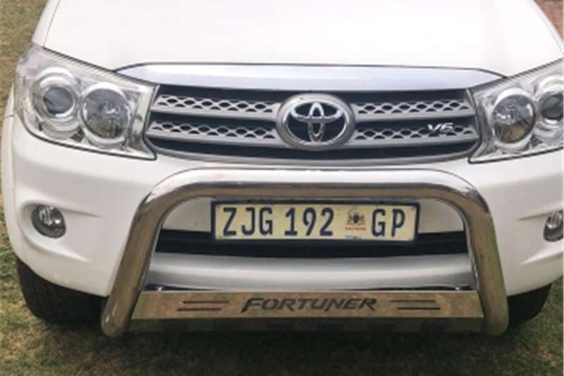Toyota Fortuner V6 4.0 4x4 automatic 2010
