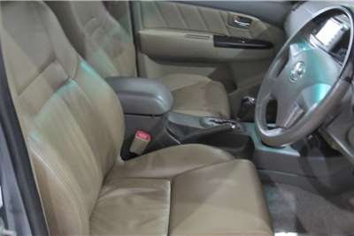 Toyota Fortuner V6 4.0 4x4 automatic 2011