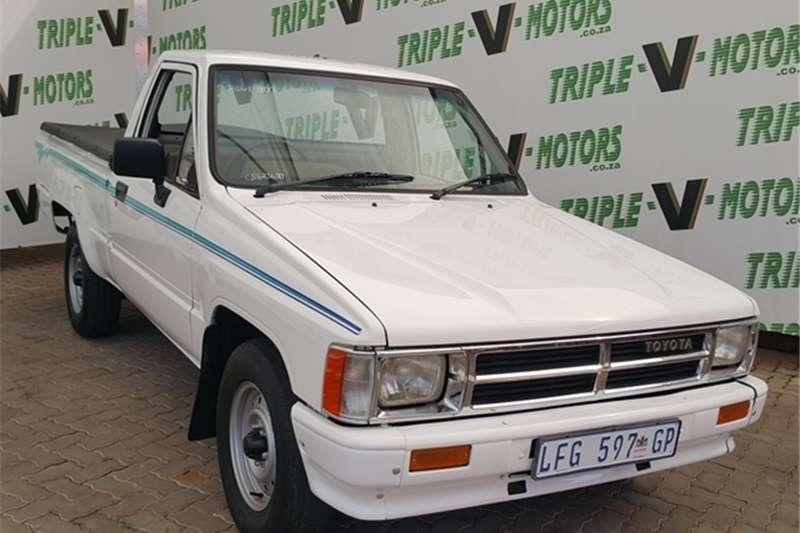 Toyota Hilux 1800 (Col Shf) P/U S/C 1987