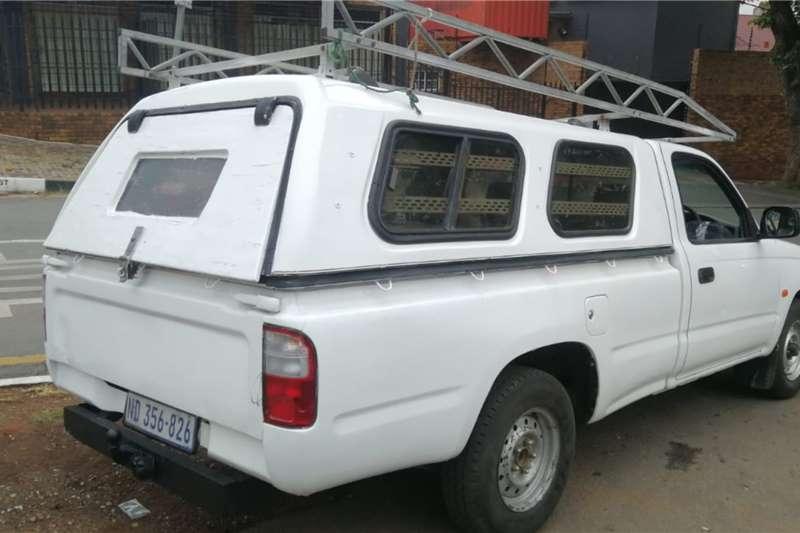 Used 2002 Toyota Hilux 2.0