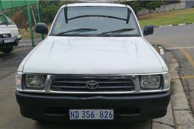 Toyota Hilux 2.0 2002