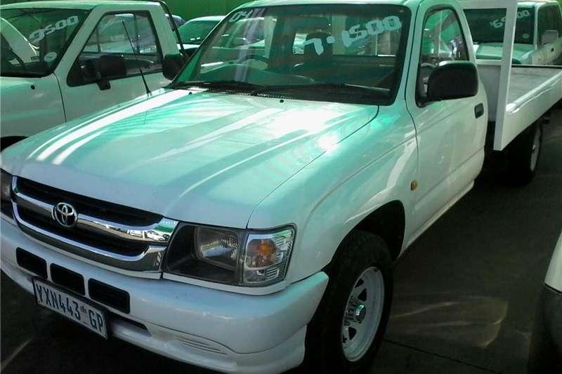 Toyota Hilux 2.0 2004