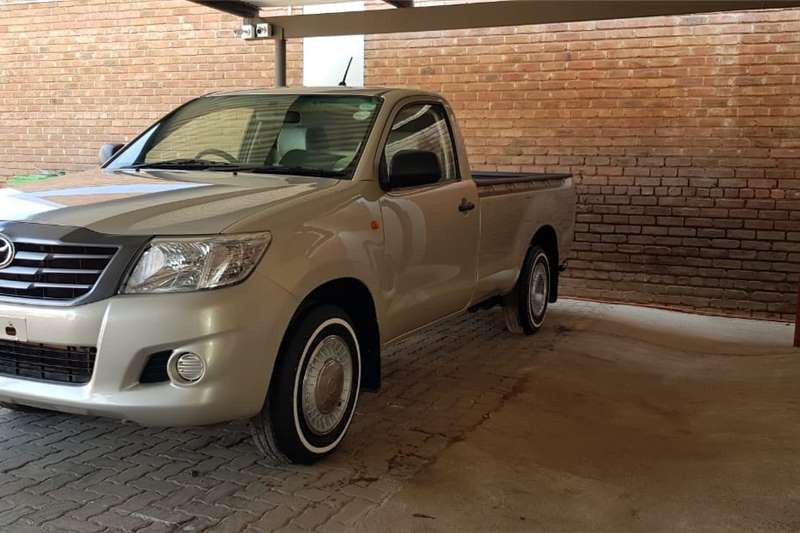 Toyota Hilux 2.0 2013