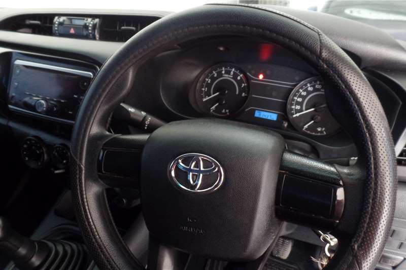 Used 2017 Toyota Hilux 2.0 (aircon)