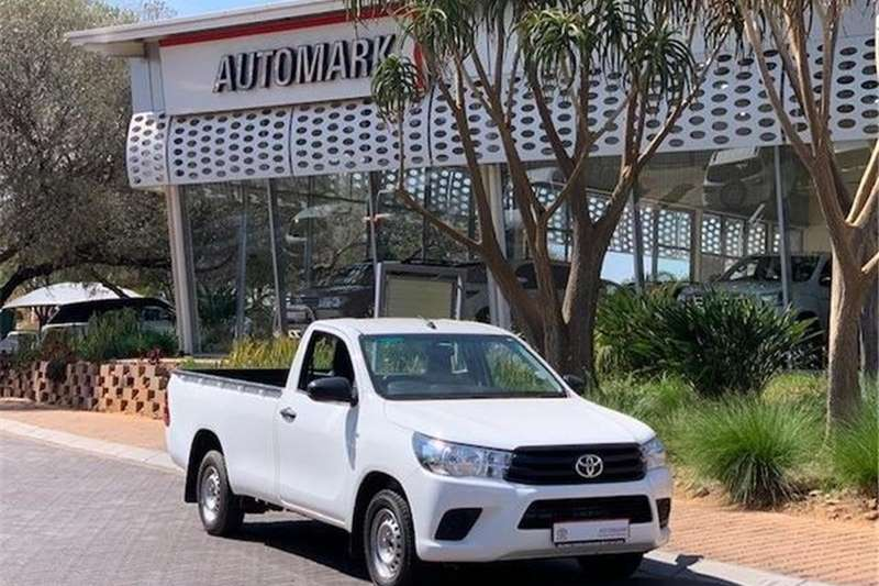 Toyota Hilux 2.0 (aircon) 2018