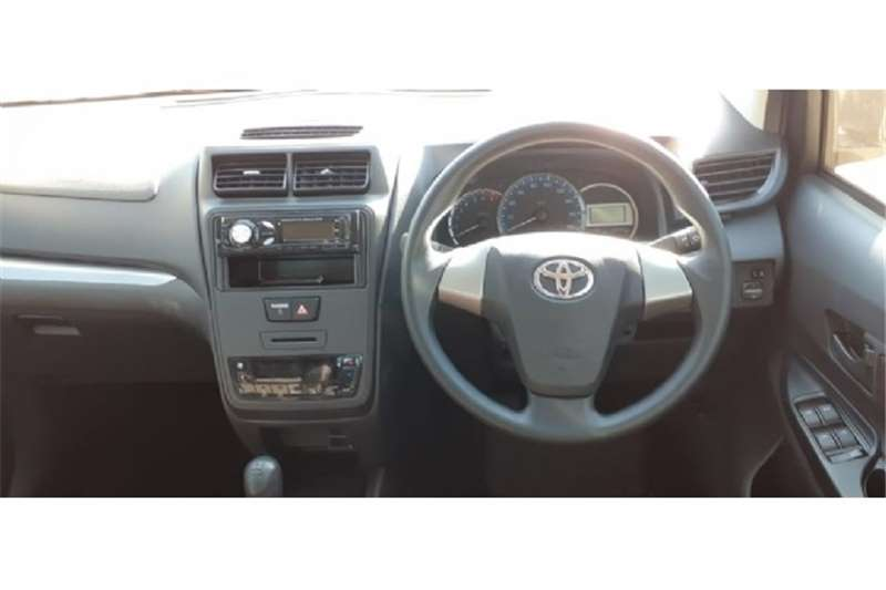 Toyota Hilux 2.0 (aircon) 2020
